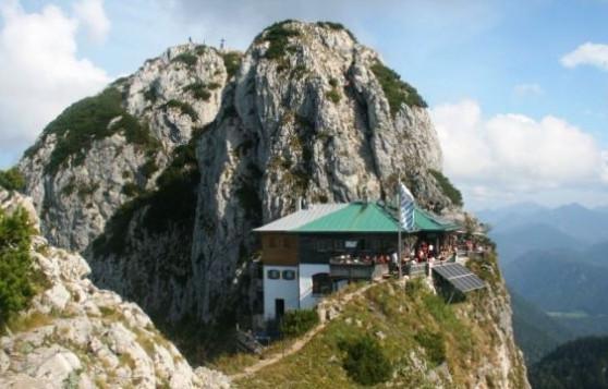 http://alpenreisefuehrer.de
