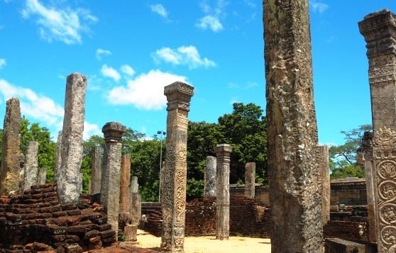 www.travel.chrissair.com