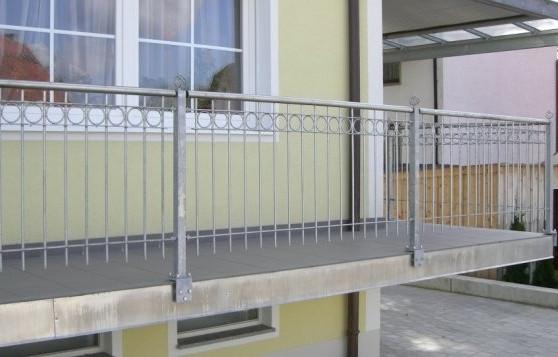 www.cdn.balkongelaender-direkt.de