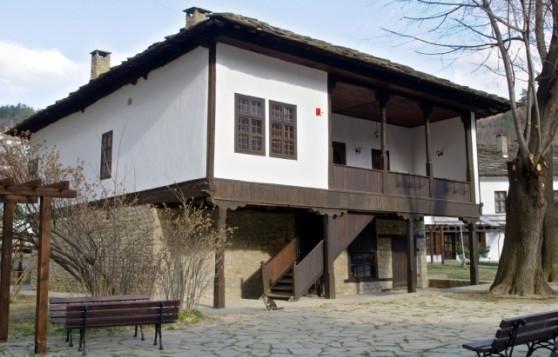 http://h-museum-gabrovo.bg